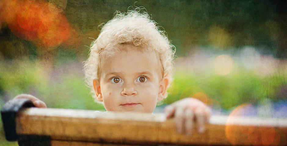 Вы просматриваете изображения у материала: Мальчишка / девчонка с нашего двора