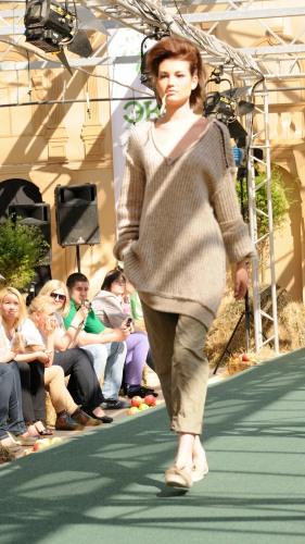 Вы просматриваете изображения у материала: Первая Русская Неделя Экомоды (Russian Eco Fashion Week)