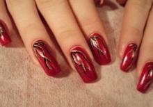 Месяц ярких ногтей и смелых дизайнов в клубе Shape