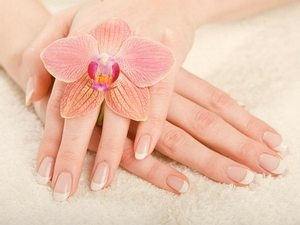 five_easy_steps_for_beautiful_hands1