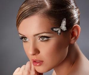Новые прическа и макияж способны творить чудеса
